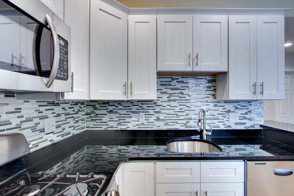 white shaker cabinets kitchen countertops and kitchen cabinets in boston and marshfield 29129