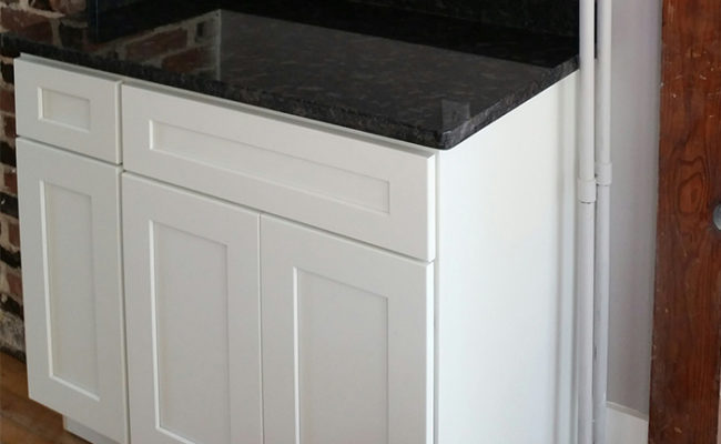 White Shaker Cabinets And Steel Gray Granite 8